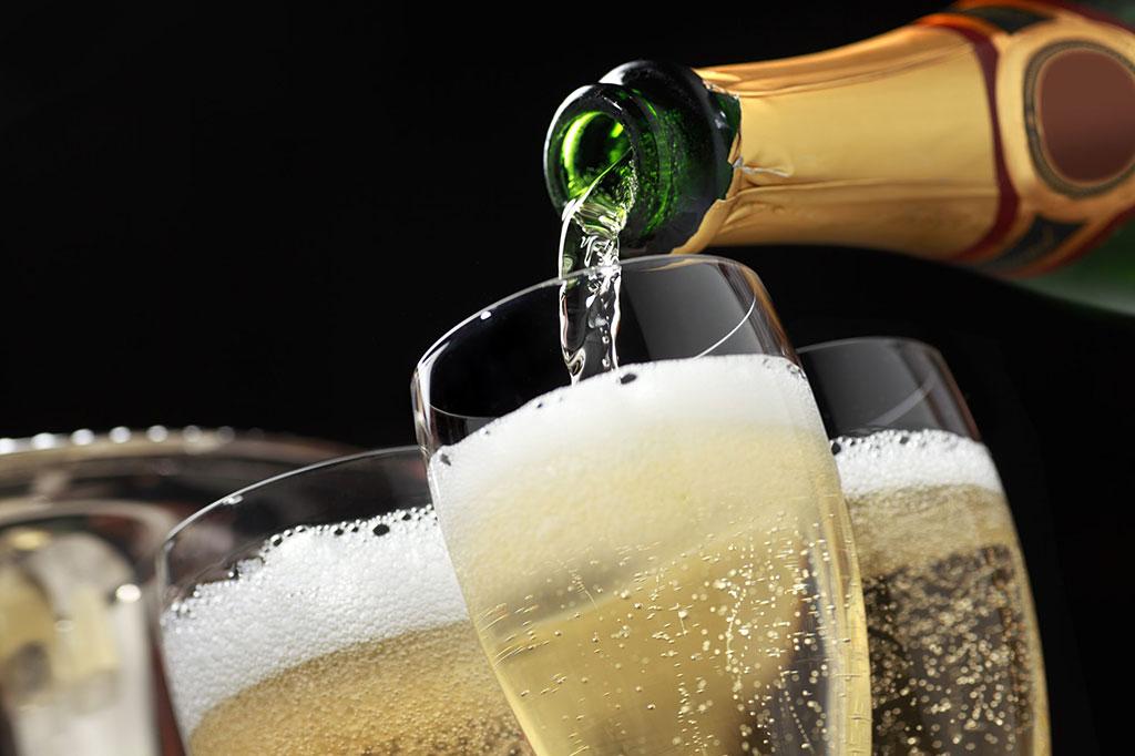 Pouring Australia's best sparkling wine